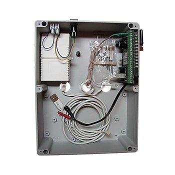 Контроллер GSM-Universal в боксе